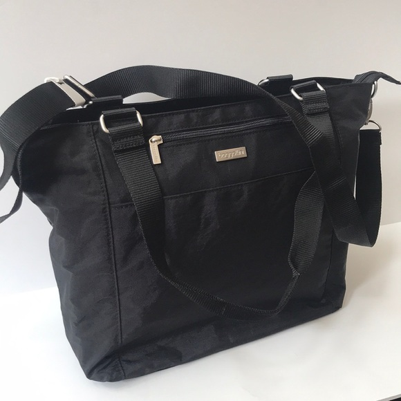 Baggallini Handbags - NWT NWT Baggallini Lap top tote